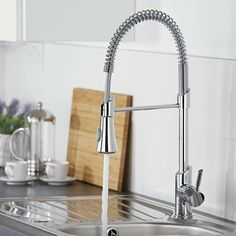 This professional kitchen tap will make a fantastic addition to any modern kitchen. Featuring a contemporary, yet practical design this kitchen tap has a pull-down sprayer to make rinsing crockery and cutlery much easier. Kitchen Sink Taps, Kitchen Pulls, Sink Mixer Taps, Kitchen And Bath, Kitchen Tap With Hose, Best Kitchen Sinks, Kitchen Shop, Contemporary Kitchen Interior, Interior Design Kitchen