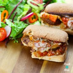 This Meatball Marinara Slider is perfect to make with the left overs of our Low Syn Meatball Marinara recipe to make the perfect Subway Fakeaway. Slimming World Recipes Syn Free, Slimming World Diet, Slimming Word, Slimming Eats, Healthy Eating Recipes, Low Calorie Recipes, Cooking Recipes, Healthy Eats, Healthy Dinners