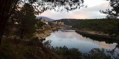 Presentamos una nueva ruta que parte desde Buitrago del Lozoya y alcanza el embalse de Puentes Viejas, pasando por bellos miradores.