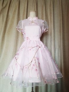 Qi lolita and other pretty things