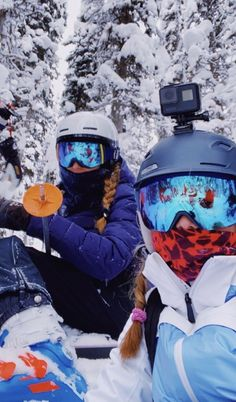 Snow Pictures, Snowboarding Outfit, Ski Season, Ski And Snowboard, Ski Ski, Snow Skiing, Winter Pictures, Instagram, Friends