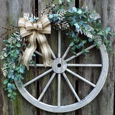 Farmhouse Christmas Wagon Wheel Eucalyptus Wreath
