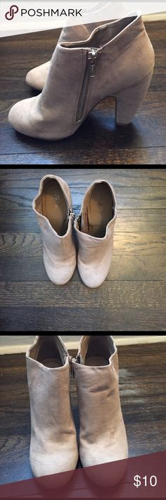 Mossimo heel booties size 7.5 (but fit like a 6.5) Good condition! Have worn a few times but too small on me. They are in great condition and the material has no stains or discoloration or fading. Some wear on bottom of shoes but not significant! Very stylish and run very small. I'm a 7/7.5 and these are very small on me. Would ideally fit someone who wears size 6/6.5 in boots/heels. Mossimo Supply Co Shoes Ankle Boots & Booties