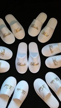 Bridesmaid Slippers – Personalized Bridesmaids Gifts – Bridal Shower Gift – Personalized Slippers – Wedding Slippers – Soft and thicker - Brautparty Ideen Bridesmaid Slippers, Bridesmaid Robes, Bridesmaid Proposal, Wedding Day Bridesmaid Gifts, Royal Blue Bridesmaids, Bridesmaid Gifts Unique, Bridesmaid Ideas, Bridal Party Robes, Gifts For Wedding Party