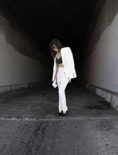 The Fashion Adroit / Suit Status //  #Fashion, #FashionBlog, #FashionBlogger, #Ootd, #OutfitOfTheDay, #Style