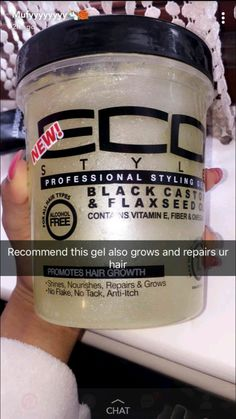 Top 10 Hair Products That Every Woman Should Be Using : Recommended gel for hair growth and repair Pelo Natural, Natural Hair Tips, Natural Hair Journey, Natural Hair Styles, Curly Hair Care, Curly Hair Styles, Maquillage Pin Up, Lace Front, Pelo Afro
