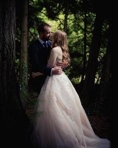 I ❤️ the woods for posed photos! Cool C, Documentary Wedding Photography, Irish Wedding, Candid, Documentaries, Woods, Wedding Dresses, Photos, Fashion