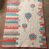 Hot air balloons baby quilt