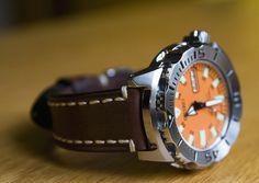 IMG_1097 (mkrepp) Tags: orange monster liberty watch automatic strap diver seiko hirsch 200m Seiko Monster, Seiko Watches, Chronograph, Mens Fashion, Tags, Orange, Monsters, Accessories, Shorts