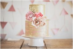 Industrial Chic styled shoot with Melissa Beattie Photography // Cake by Little Miss Cupcakes