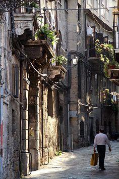 Style&Minimalism   Travel Bucket List 2016   Palermo, Sicily   Street