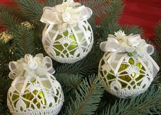 Interesting ideas for decor: Crochet christmas ball.