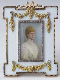 Fabergé - Frame with a photograph of Queen Alexandra