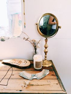 mirror and wood jewellery display  vintage to go | sfgirlbybay