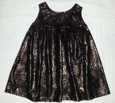 Fiz para minha sobrinha linda Stella. Vestido de festa, em tecido que não amassa. Estampa print. Alta tendência!!!