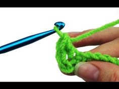 Most up-to-date Totally Free Double Crochet left handed Suggestions An advanced rookie these websites will be simply for you. At there exist. Crochet Stitches For Blankets, Crochet Stitches For Beginners, Crochet Stitches Patterns, Crochet Videos, Knitting For Beginners, Crochet Tutorials, Crochet Projects, Craft Projects, Sewing Projects