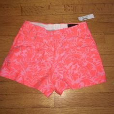 NWT J. Crew Neon Floral Shorts J.Crew printed pink shorts. NWT size 0. Perfect for a causal day look with a tank top or dress it up with a button down shirt and delicate accessories. J. Crew Shorts