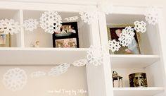 Make A Beautiful Doily Snowflake Garland!