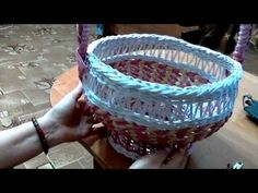 мк корзины часть 1  корзинка из бумажных трубочек, послойное плетение, рисунок в основании со схемой, ручка с вышивкой. галина михеева