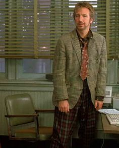 """Alan Rickman as Ed in """"January Man"""" This costume cracks me up- """"early thrift store chic"""". Beautiful Person, Beautiful Smile, Alan Rickman Always, Turn To Page 394, I Look To You, Alan Rickman Severus Snape, Harry Potter Film, Julie Andrews, Renaissance Dresses"""