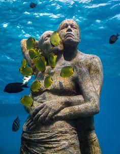 Underwater Sculpture Rises from the Seabed in Indonesia | Wandering Educators Underwater Sculpture, Underwater City, Underwater Photos, Underwater Photography, Sculpture Art, Film Photography, Sculpture Garden, Outdoor Sculpture, Street Photography