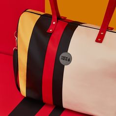 Mana Mana táskádat egyedileg is összeállíthatod, ahogy Te szeretnéd, ennél egyedibb nem lehet Bags, Fashion, Handbags, Moda, Fashion Styles, Fashion Illustrations, Bag, Totes, Hand Bags