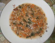 Постный суп с грибами и овсянкой Это самый простой рецепт грибного супа. Он не содержит картофель, имеет калорийность 30 ккал, сытный и вкусный. Сочетание овсянки с грибами неожиданно и удачно.