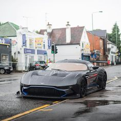 Aston Martin is known around the world as one of the premier luxury car makers. The Aston Martin Vulcan is a track-only supercar Aston Martin Lagonda, Aston Martin Vulcan, Supercars, Aston Martin Sports Car, Automobile, Carros Premium, Super Sport Cars, Unique Cars, Expensive Cars