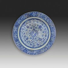A large Safavid blue and white soft paste porcelain dish, Iran, late 17th century