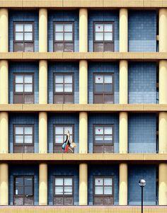 作品紹介 / アキラ・タカウエ『A Joyful Day in Urban Matrix』 | Island Gallery