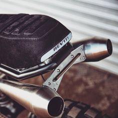 Street Tracker, Scrambler, & other bits. Cafe Racer Parts, Cafe Racer Moto, Cafe Racer Seat, Custom Cafe Racer, Cafe Racer Bikes, Cafe Racers, Motorcycle Exhaust, Scooter Motorcycle, Motorcycle Style