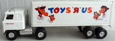 ERTL Pressed Steel TOYS R US Delivery Truck USA International Cab        D8 #Ertl #cabInternational