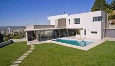 Encontrá las mejores ideas e inspiración para el hogar. CASA SCH por Poggi Schmit Arquitectura | homify