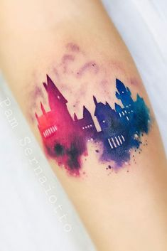 18 Harry Potter Tattoos For True Fans Of The Magical Story Watercolor Hogwarts . - 18 Harry Potter Tattoos For True Fans Of The Magical Story Watercolor Hogwarts School Design - Form Tattoo, Shape Tattoo, Diy Tattoo, Hogwarts Tattoo, Unique Tattoos, Creative Tattoos, Cool Tattoos, Awesome Tattoos, Tattoo Ink