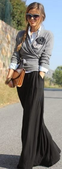Black long skirt with pockets