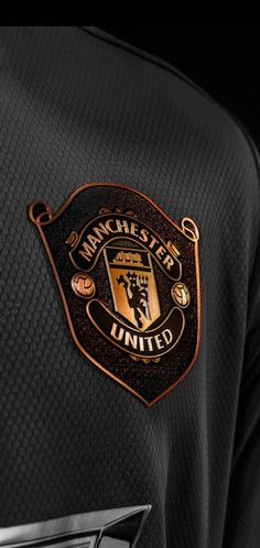Manchester United Legends, Manchester United Players, Manchester United Wallpapers Iphone, Man Utd Fc, Eric Cantona, Soccer Girl Problems, Soccer Quotes, Football Wallpaper, Man United