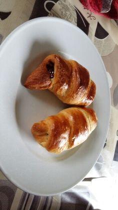 Kitkat croissants http://viralmundo.nl/chocolade-croissant-ontbijt-recept/