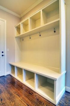 I want a mudroom .mudroom sample - to be at backdoor area instead of laundry machine Mudroom Laundry Room, Laundry Area, Bench Designs, Style At Home, Home Organization, Organizing, Home Projects, Home Remodeling, Sweet Home