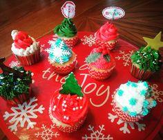 Christmas Cupcakes. Santa Cupcakes. Christmas season cupcakes. Merry Christmas cupcakes.