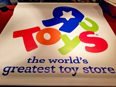 Large Vinyl Toys R Us Worlds Greatest Toy Store Display Banner sign Geoffrey Display Banners, Games Stop, Vinyl Toys, Toys R Us, Retro Toys, Toy Store, Educational Toys, Growing Up, Mint
