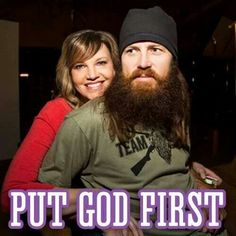Why Jase & Missy from Duck Dynasty Saved Themselves for Marriage. Jase and Missy Robertson saved themselves for marriage; their Christian values and morals were very important to them throughout their lives. Jase Robertson, Robertson Family, Duck Dynasty Family, Redneck Humor, Soli Deo Gloria, Duck Calls, Duck Commander, God First, Inspirational Videos