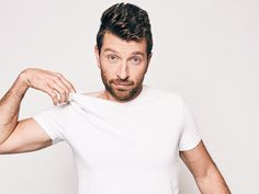 With his third album, Brett Edlredge shows country fans what he does best. Country Music Bands, Country Music Singers, Sweet Guys, Hot Guys, My Love Lyrics, Brett Eldredge, Country Men, Country Life, Mr Perfect