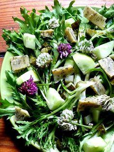 Clover flowers salad