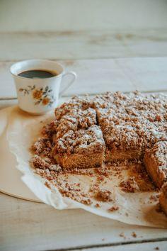 New York Style Coffee Cake // Sweet Laurel Gluten Free Sweets, Gluten Free Baking, Dairy Free Recipes, Gf Recipes, Cookbook Recipes, Coffee Dessert, Coffee Cake, Healthy Sweets, Healthy Baking