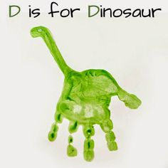 handprint art - crafts for kids - toddler art project Kids Crafts, Daycare Crafts, Baby Crafts, Toddler Crafts, Decor Crafts, Green Crafts For Kids, Daycare Rooms, Room Crafts, Santa Crafts