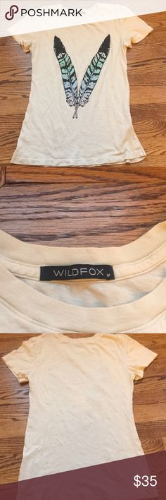 Wildfox top Wildfox feather top in very good condition no flaws size medium Wildfox Tops Tees - Short Sleeve