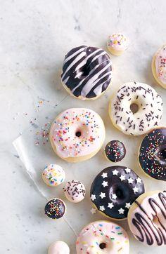 C'est le temps de se faire plaisir – et de régaler les petits et les grands – en ajoutant une touche santé à notre gâterie préférée: les beignes! #beigne #recette