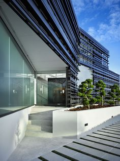 Glendowie House in Auckland, New Zealand by Bossley Architects