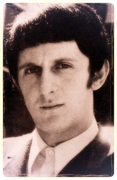 john entwistle posted by onceuponanenty Thunder From Down Under, Pinball Wizard, John Entwistle, Young John, Photo Pin, British Invasion, Everybody Else, Film Music Books, Lady And Gentlemen