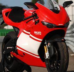 Desmosedici RR is a street-legal 200bhp MotoGP replica